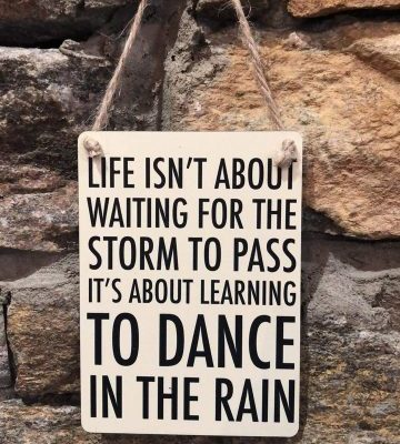 Dance In The Rain Mini Hanger