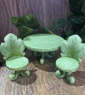 Oak Leaf Table and Chairs Set