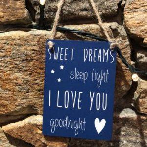 Sweet Dreams Mini Hanger